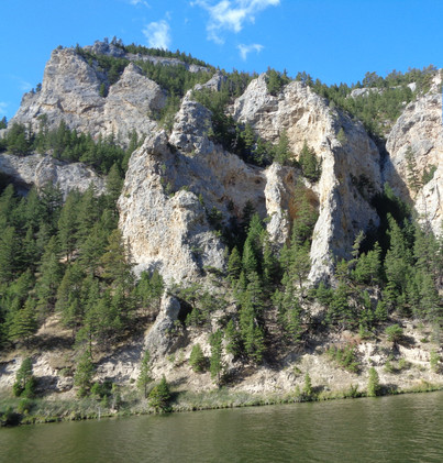 montana rocks and lake DSC00944 (2) - Co