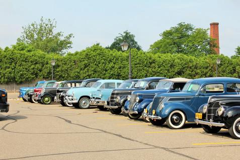 IMG_5525 row of cars at village.JPG