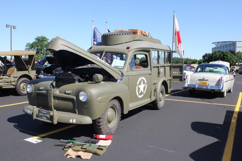 IMG_5578 army car.JPG