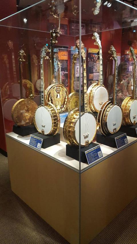 banjo in display case.jpg