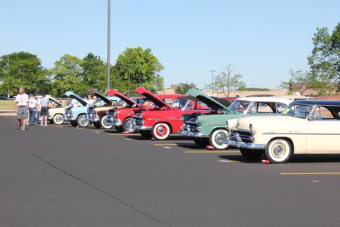 IMG_5579 row of cars.JPG