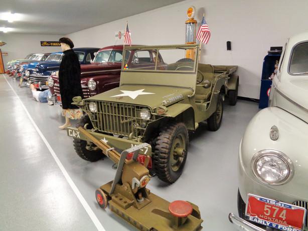 montana car jeep - Copy.JPG
