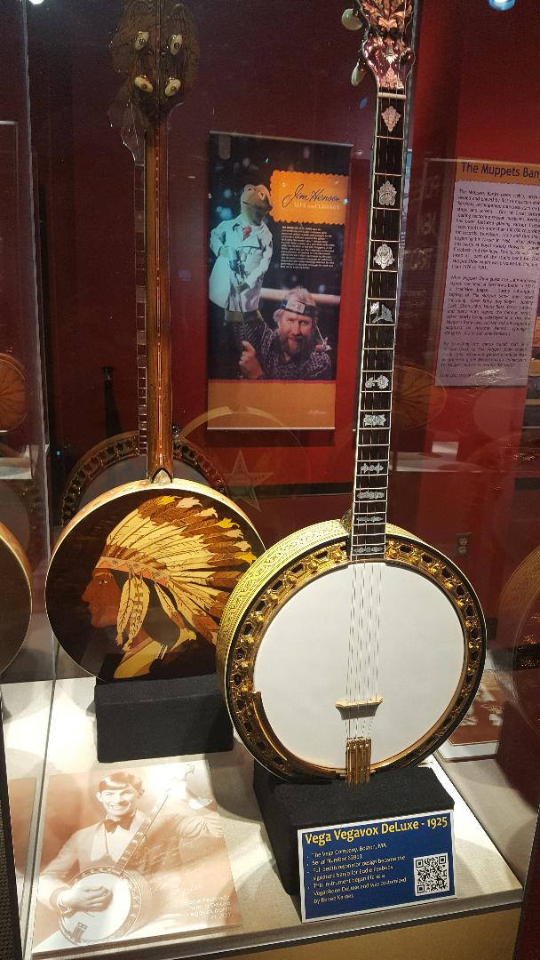 banjo indian head.jpg