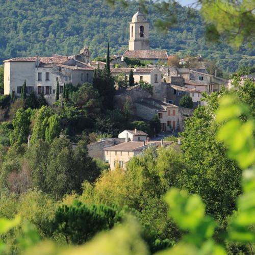 Le_village_de_Mormoiron.jpg