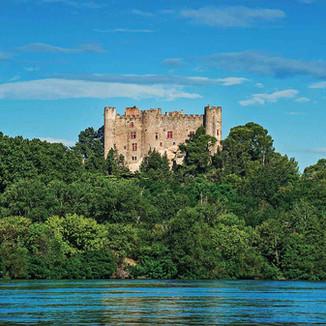 Montfaucon château by the Rhone river.jpg