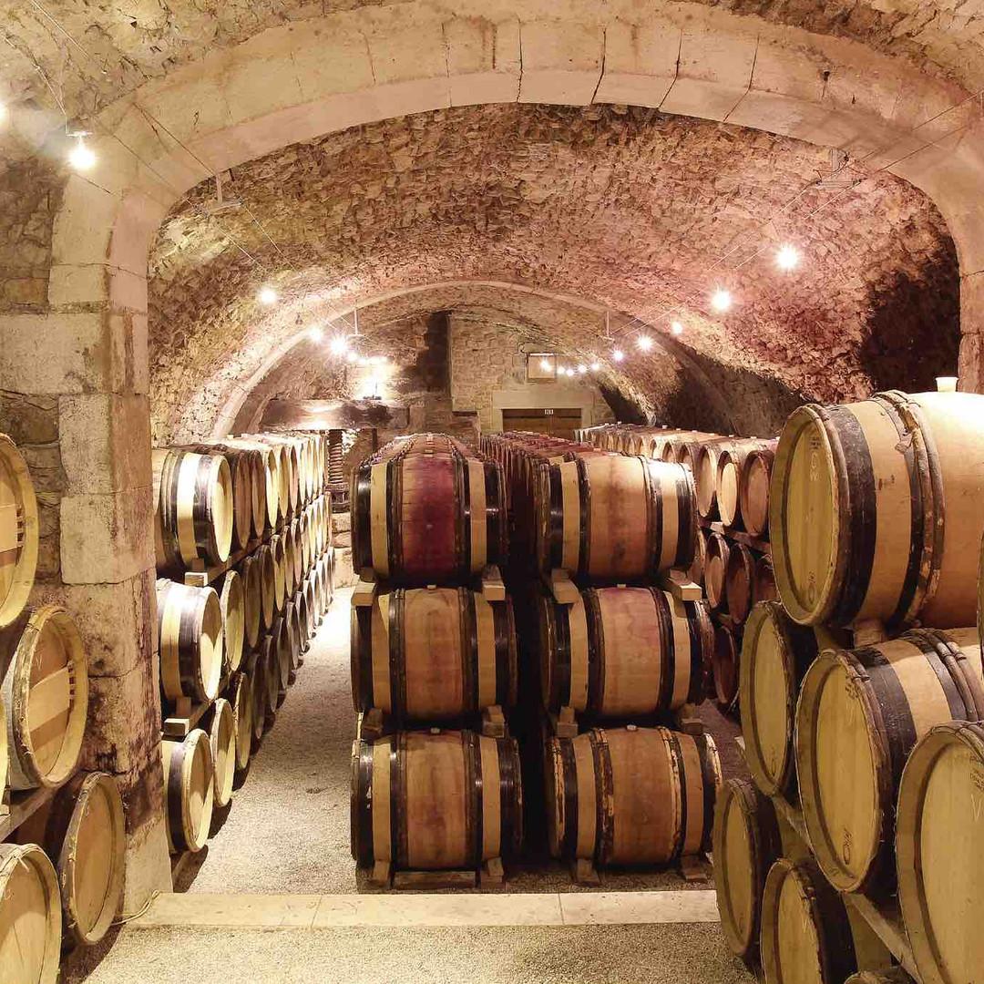 Montfaucon 16th century cellar.jpg