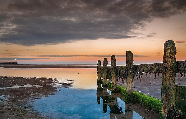 Amanecer en las costas de Escocia