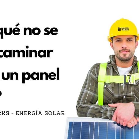 ¿Se puede caminar sobre los paneles solares?