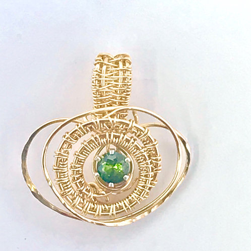 Peridot Faceted in Gold-Filled weaving and hammered wire