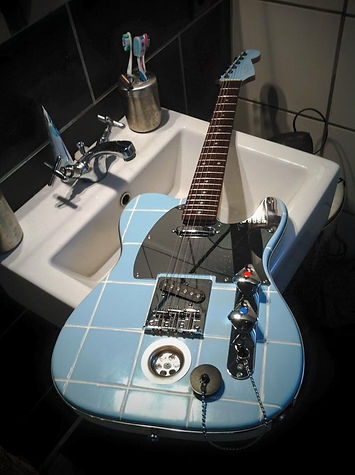 Oakwoods Bathroom tele 1.jpg