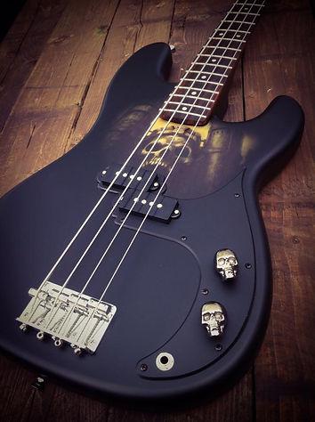 Greyskull bass 1.jpg