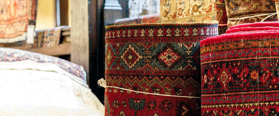 Oriental-Rugs-And-Carpets-146072087.jpg