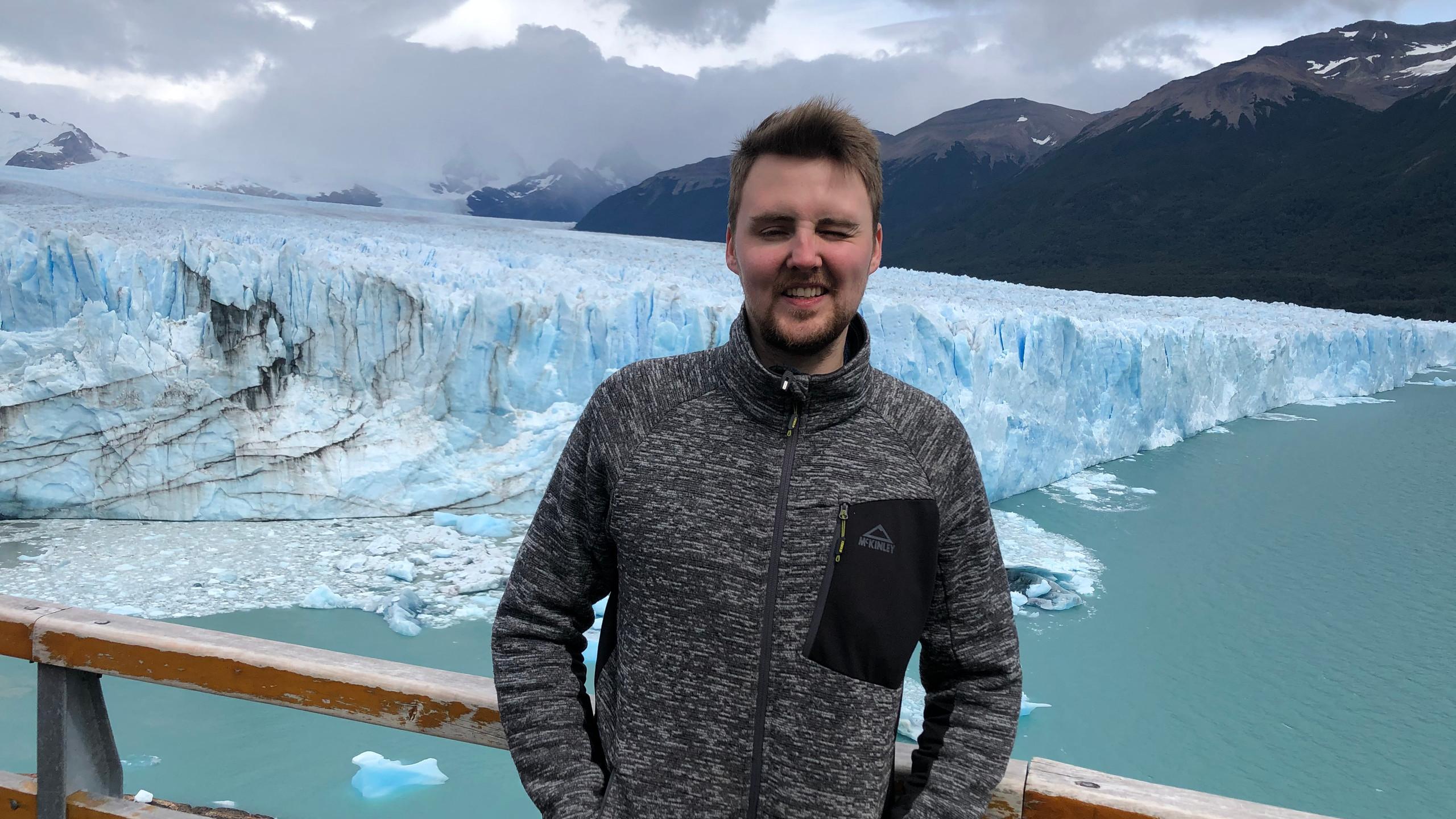 Perito Moreno Gletscher ist der größte Gletscher in Südamerika - er ist daher sehr begehrt bei Touristen