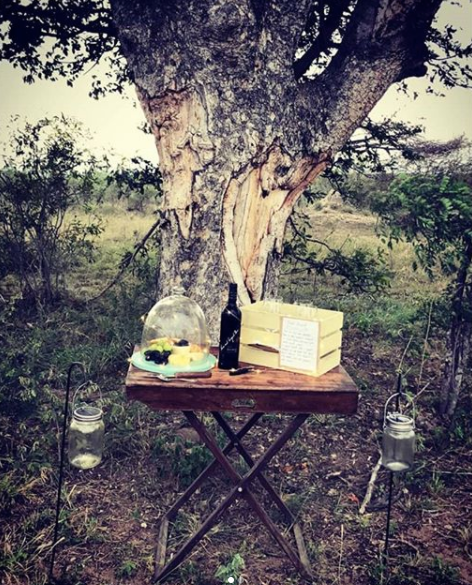 A cheese and wine stop on a cool afternoon in the Sabi Sands