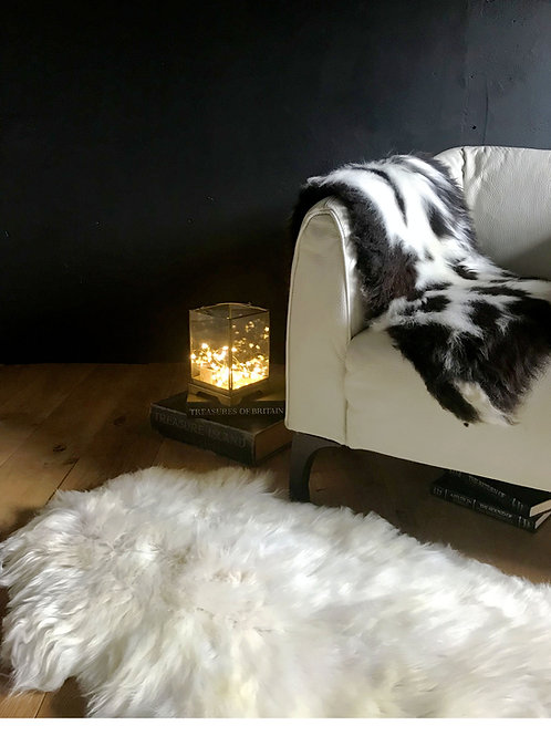 White Decorative Hill Sheepskin Rug