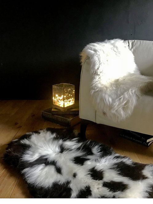 Decorative Hill Sheepskin Rug
