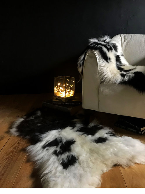 Decorative Hill Sheepskin Rug