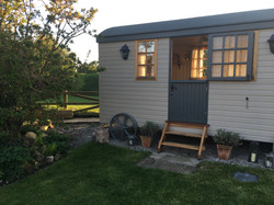 Shepherds Hut @the Dillons