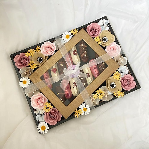 Flower Frame with Eclair