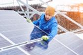installing_solar_ID112885622_C2_A9Anatol