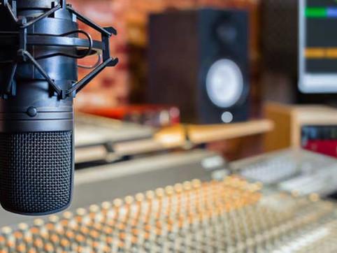 Recording-Studio-Time-at-Audio-Vision.jp