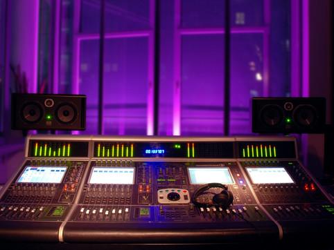 Audio_Sound_Arts_Studio_Control_Room.jpg