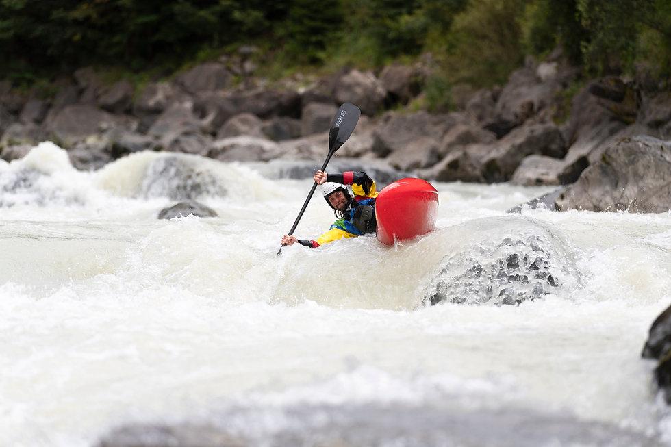 Perfekte Schulungsbedingungen auf der Lütschine im Berner Oberland! - LosLeones.ch