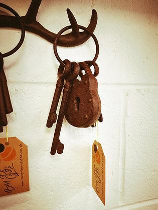 Cast iron keys with padlock