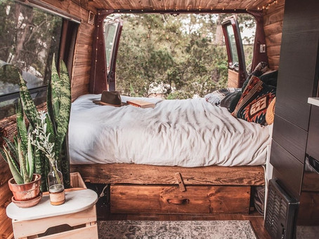 25+ #Vanlife Photos and Stories to make you chase your dreams!