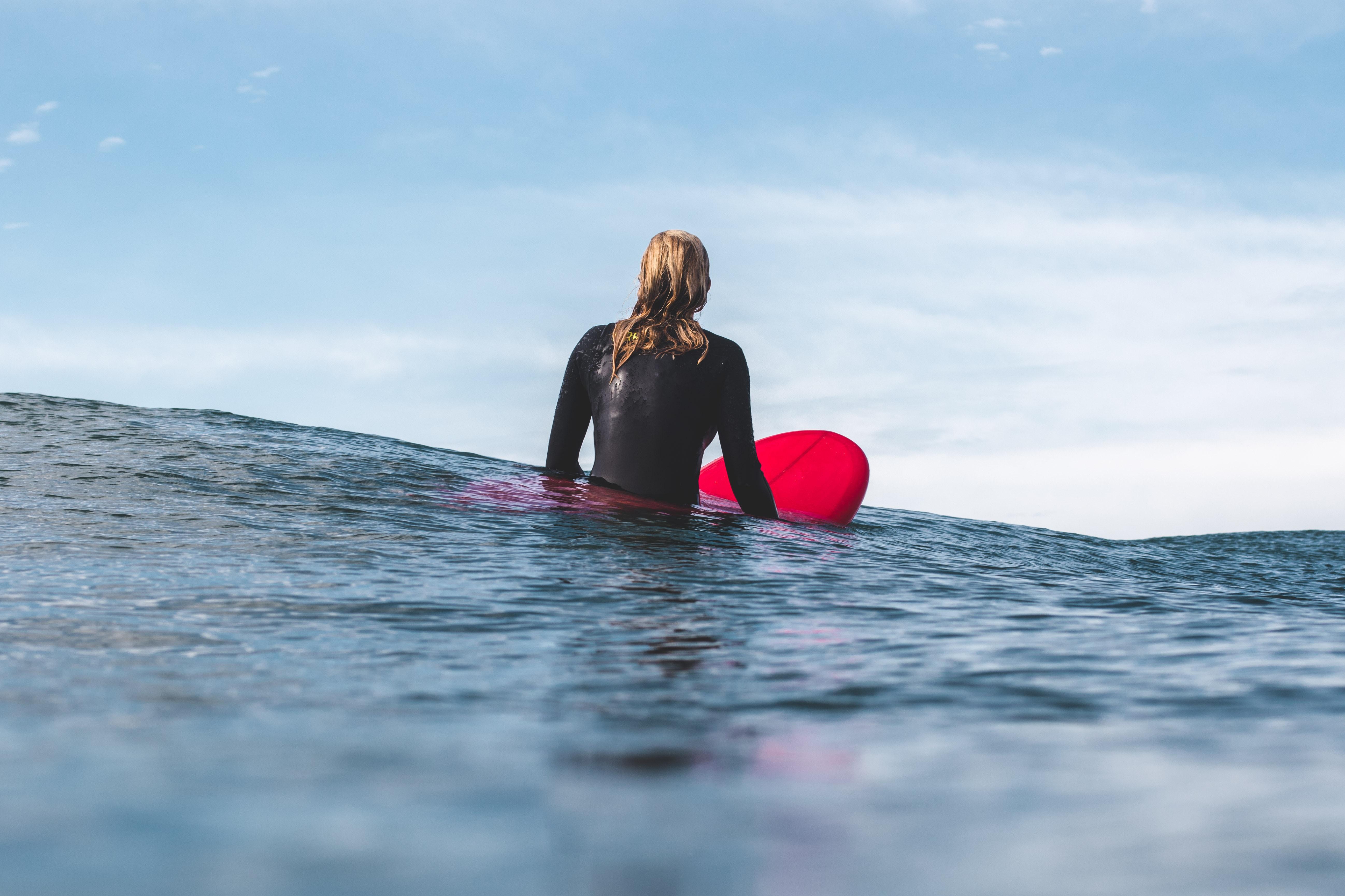 free influencer surfing