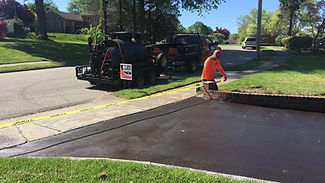 Driveway sealing Delaware County, PA Delco driveway sealcoating