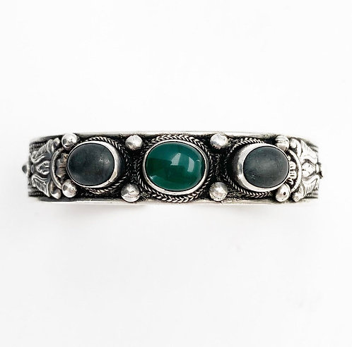 Green Jasper & Onyx Tripal Bracelet