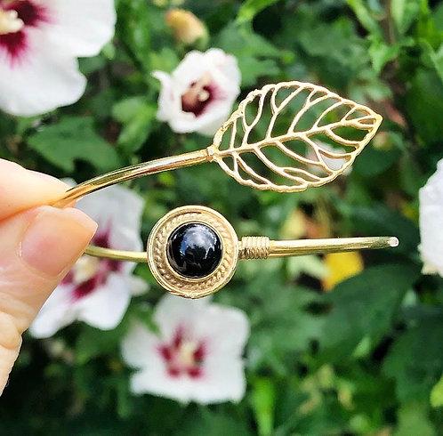Onyx Brass Leaf Bracelet