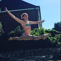 Eloise Split leap.jpg