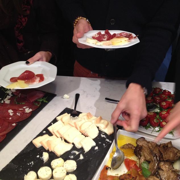 buffet antipasti 5.JPG