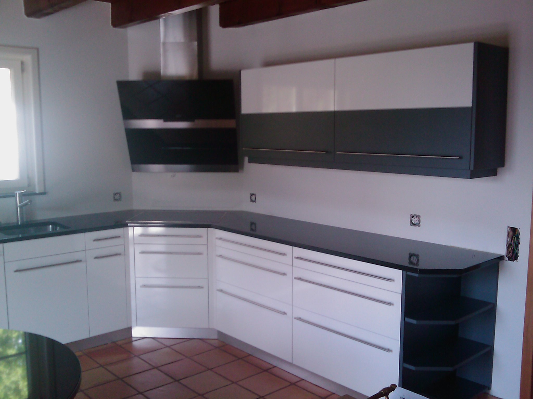 Küche schwarz weiss
