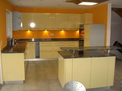 Küche hell