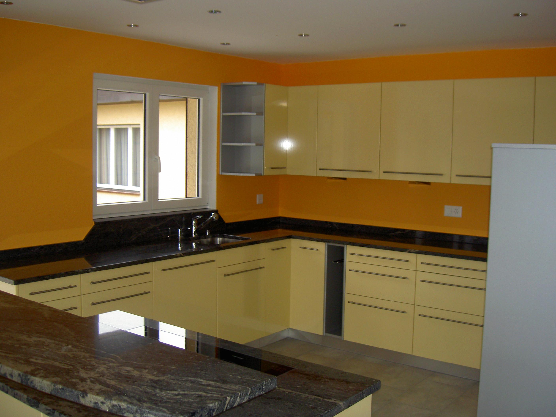 Küche gelb