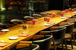 Grosser Tisch