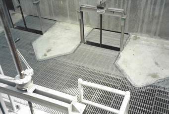 Aluminum Trench Grating