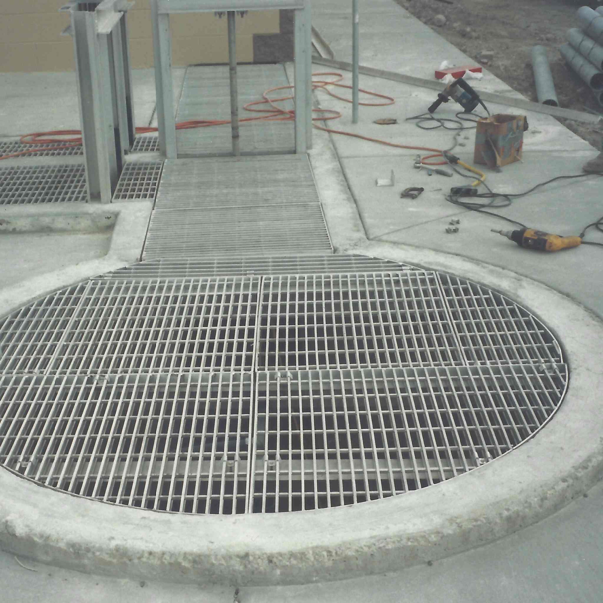 Radial Aluminum Grating