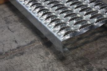 Diamond Grip Plank