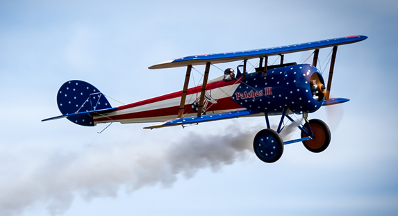 Patriotic Biplane, Smoke On!