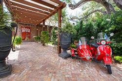 Louie Bossi Boca Raton Entrance