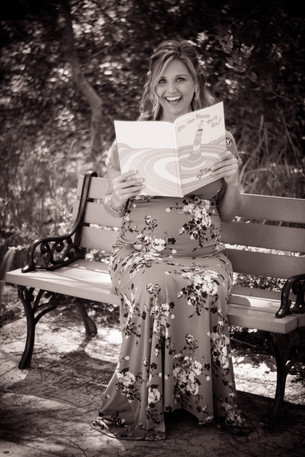 Pregnant Mom reading baby book-Bug and Roo Photography-Maternity Photographer-Mission Viejo-Orange County