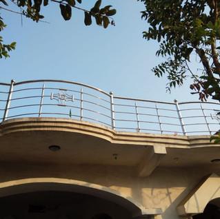 छत.-स्टेनलेस-स्टील-रेलिंग.jpg