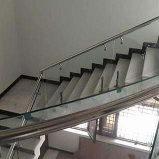 stair-railing-with-glass.jpg