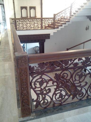 casting-iron-interior-railing