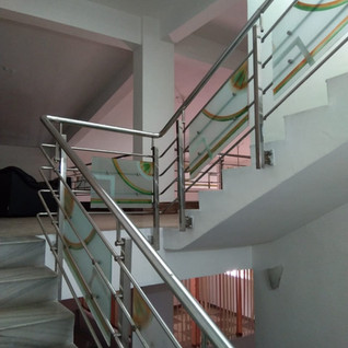 steel-railing-with-glass.jpg