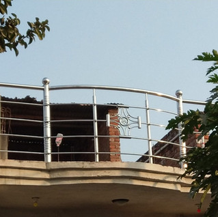 tarrece-balcony-railing-designs.jpg